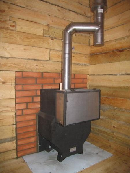 Металлический дымоход в бане