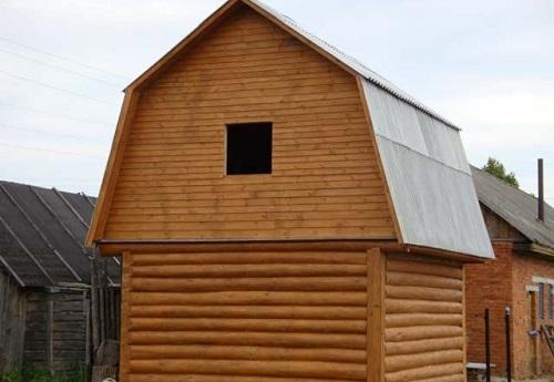 Общий вид ломаной крыши