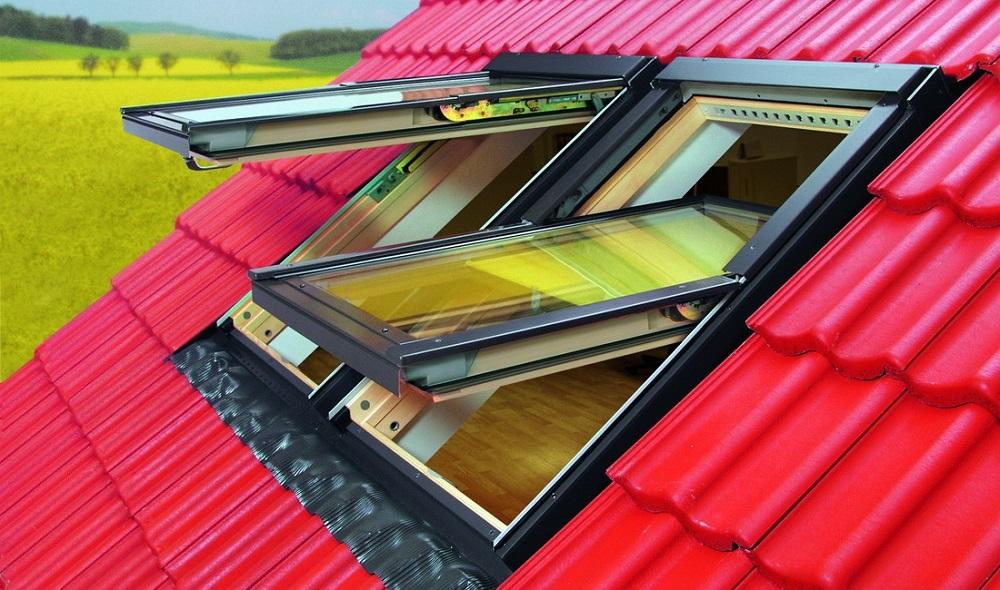 Выход на крышу через мансардное окно
