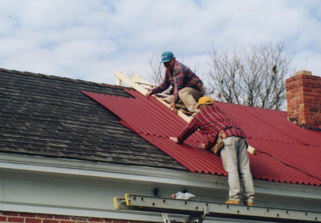 Фото крыши покрытые профнастилом