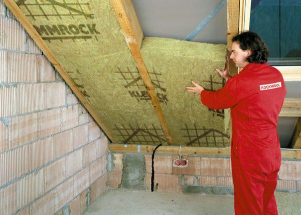 Как утеплить крышу дома изнутри: инструкция