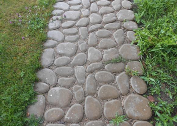 Из натуральных камней