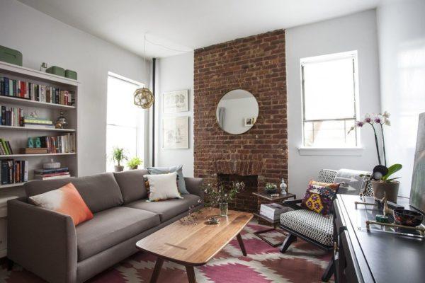 Кирпичная стена - модный элемент в интерьере