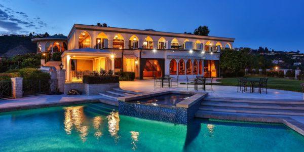 10 роскошных домов миллиардеров (фото)