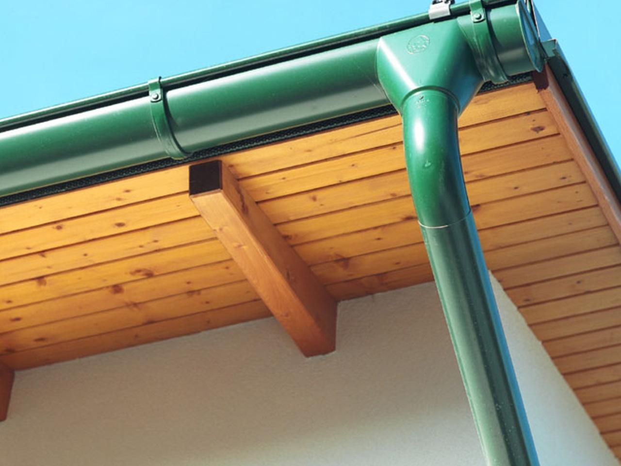 Как выбрать водосточную систему для дома?